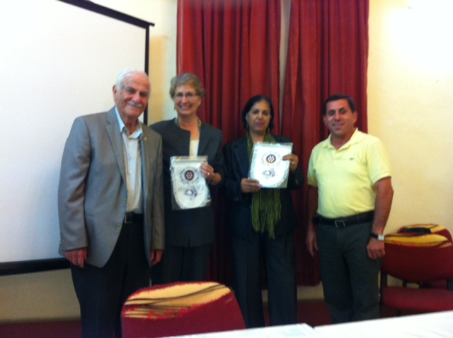 Rotary Nazareth hosts two ladies from Califor…